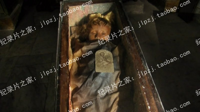 国家地理 玻璃棺材里的女孩 The Girl in the Glass Casket